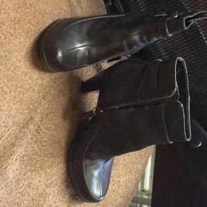 Reba dark brown boot size 8.5/worn once